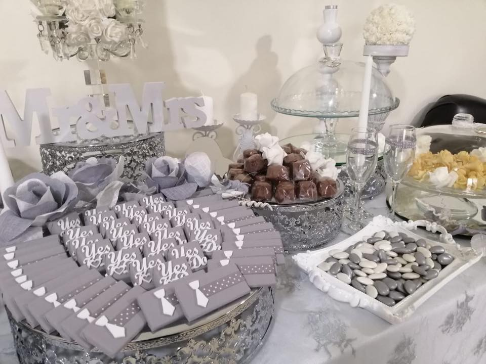 Wedding chocolates and arrangements